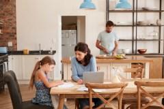 Le retour aux études avec des enfants
