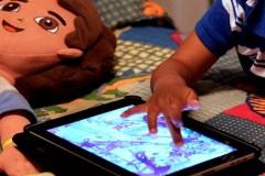 Jeunes et temps passé devant les écrans: la question sans réponse claire