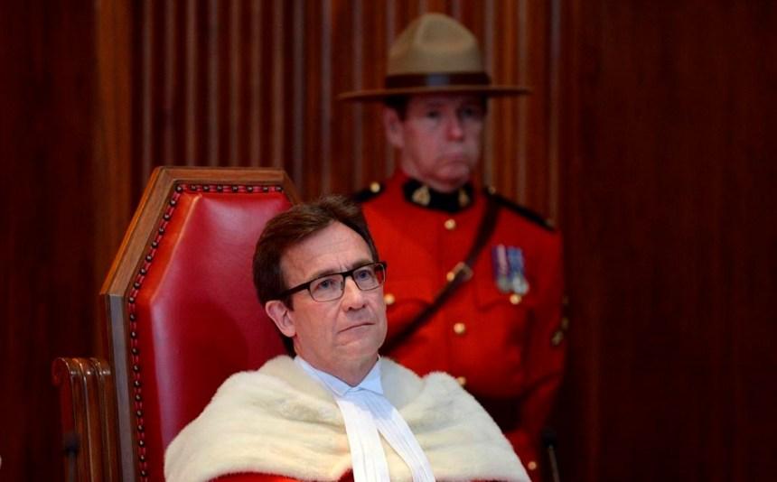 Un des trois juges québécois prend sa retraite et quitte la Cour suprême