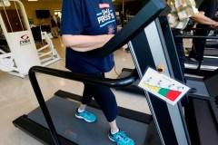 L'exercice serait plus important pour la santé mentale que l'argent, avance une étude