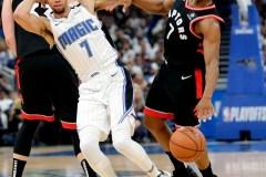 Siakam inscrit 30 points et les Raptors s'emparent de la victoire à l'étranger