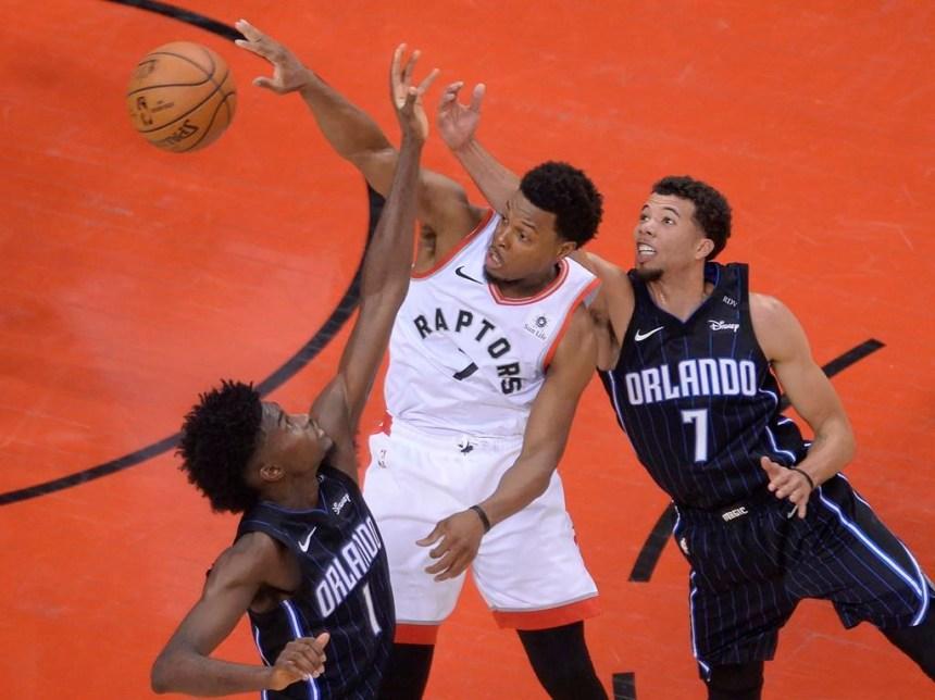 L'entraîneur des Raptors Nick Nurse se porte à la défense de Kyle Lowry
