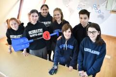 L'or aux jeunes du Collège Sainte-Anne pour la création d'un objet de survie