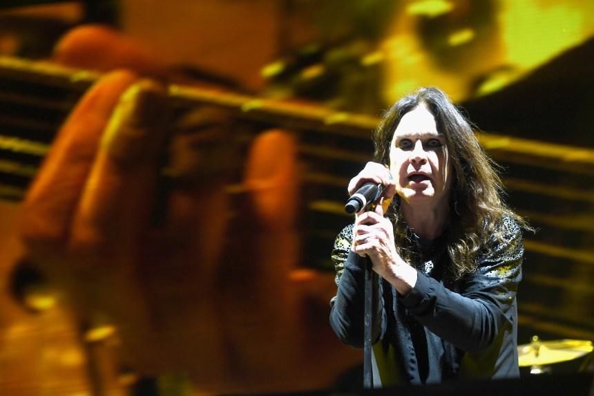 La tournée d'Ozzy Osbourne reportée d'un an en raison de problèmes de santé