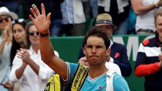 Rafael Nadal tentera de renouer avec la victoire sur la terre battue à Barcelone