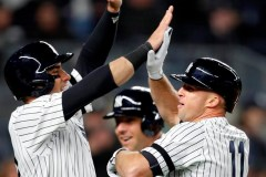 Gardner frappe un grand chelem et les Yankees battent les Red Sox 5-3