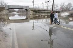 Les niveaux d'eau continuent de grimper au Nouveau-Brunswick