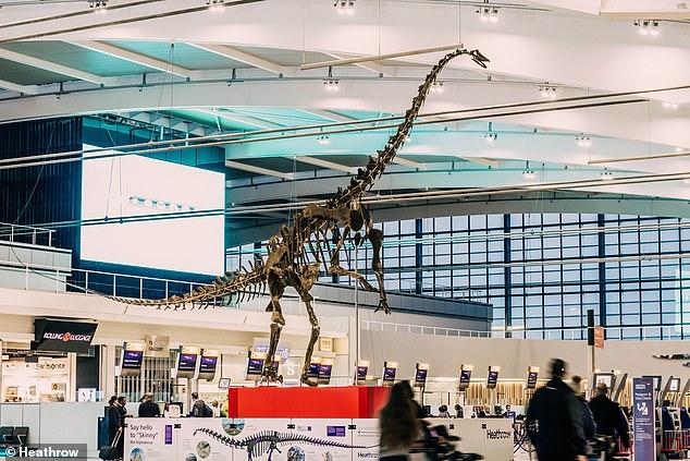 Un spectaculaire dinosaure bientôt vendu aux enchères à Paris
