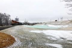 Précipitation de pluie et verglas : ouverture des terrains retardé dans l'Est
