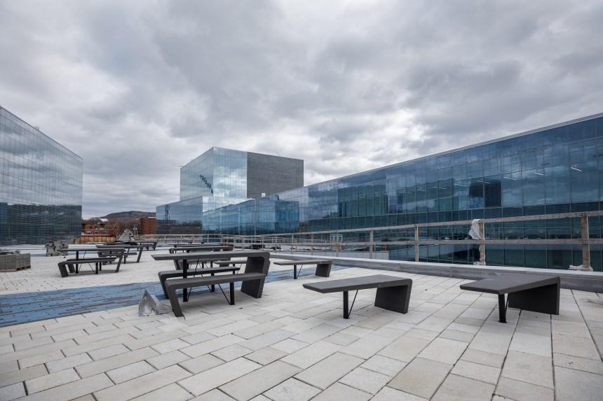 Le dernier droit de la construction du Complexe des sciences de l'Université de Montréal