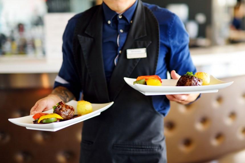 La Cour d'appel clarifie ce qu'est un salarié au pourboire dans un restaurant