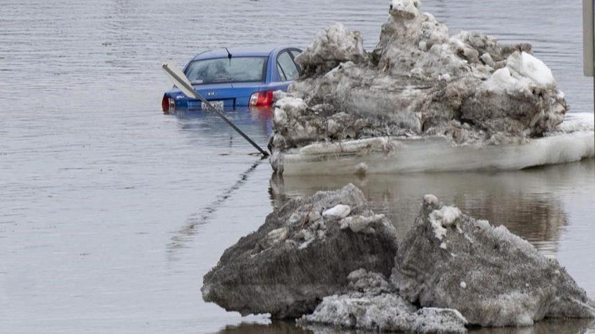 Les Québécois devront repenser leur rapport à l'eau, préviennent des experts