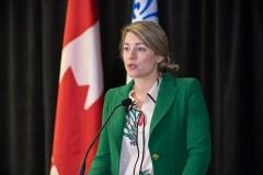 Université de l'Ontario français: Mélanie Joly présente un protocole d'entente