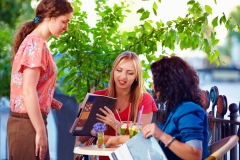Des bars et des restaurants dans le secteur Chabanel