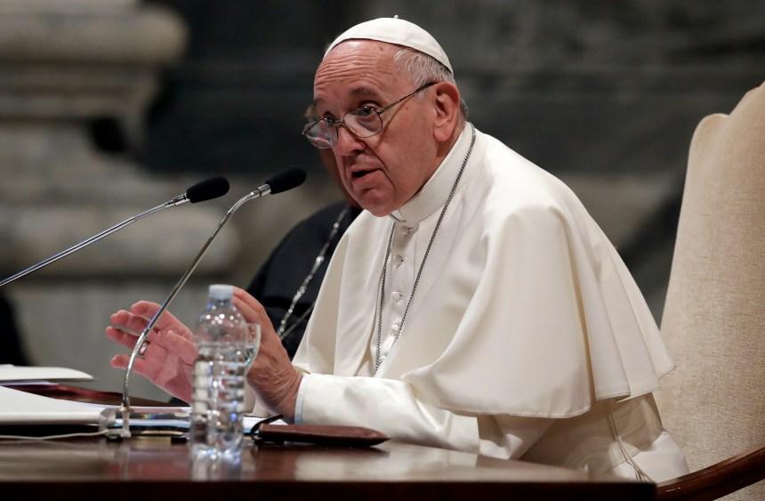 Migrants : le pape François dénonce «les méchancetés» de notre temps