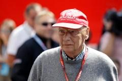 L'ancien champion de Formule 1 Niki Lauda rend l'âme à l'âge de 70 ans