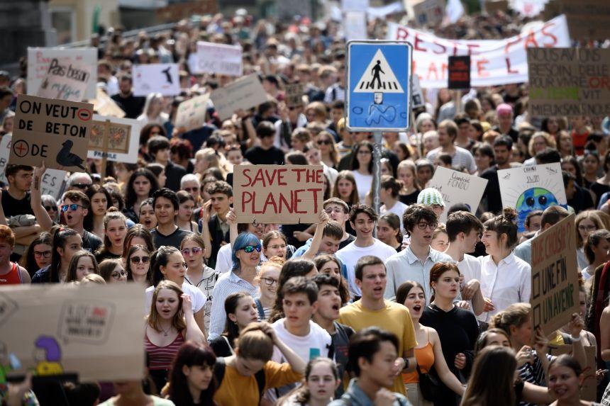 Les jeunes Européens dans la rue pour le climat avant les élections