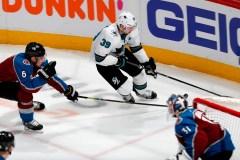 Couture marque trois buts, les Sharks gagnent le 3e match 4-2 contre l'Avalanche