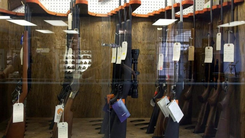Le nombre d'armes d'épaule remises aux autorités bondit de 118%