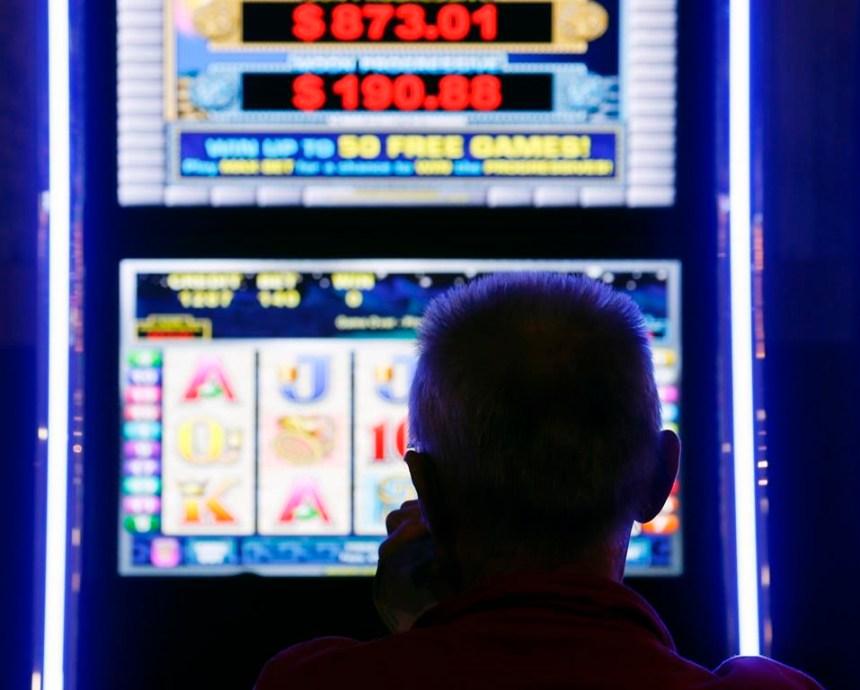La Cour suprême se penchera sur les appareils de loterie vidéo
