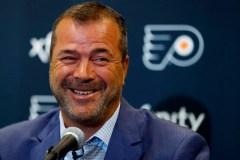 Vigneault dirigera Équipe Canada au Championnat du monde de hockey