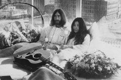 Les mythiques lunettes rondes de John Lennon vendues aux enchères