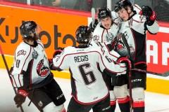Les Huskies comblent un déficit de deux buts et remportent la Coupe Memorial