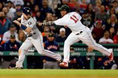 Les Astros démarrent en lion et récoltent un 10e gain d'affilée face aux Red Sox