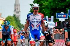 Le Français Arnaud Demare s'impose au sprint lors de la 10e étape du Giro