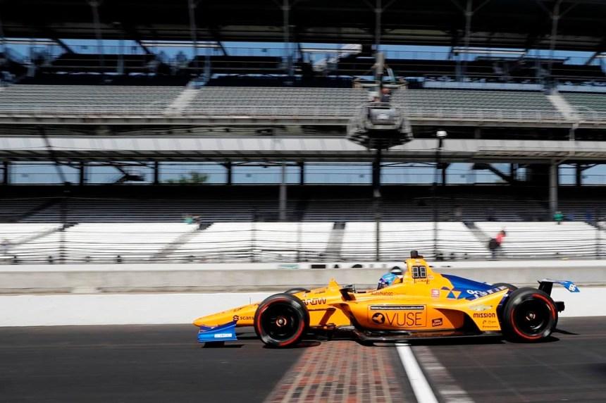 Alonso victime d'un accident lors du deuxième jour d'essais à Indianapolis