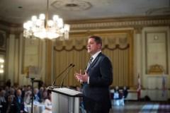 Andrew Scheer promet l'équilibre budgétaire après cinq ans