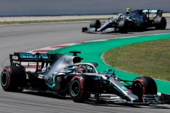 Hamilton gagne la position de tête à Monaco
