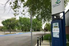 Deux bornes de recharge rapide pour véhicules électriques à PAT
