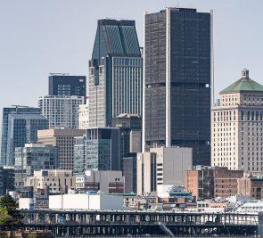 Tourisme: la ruée des villes vers les régions sème l'inquiétude