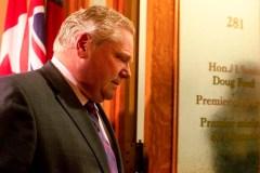 Doug Ford suspend certaines mesures d'austérité imposées aux municipalités