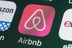Le Parti vert veut mieux réglementer Airbnb