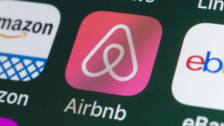 Déconfinement: Airbnb interdit toujours les fêtes dans ses unités