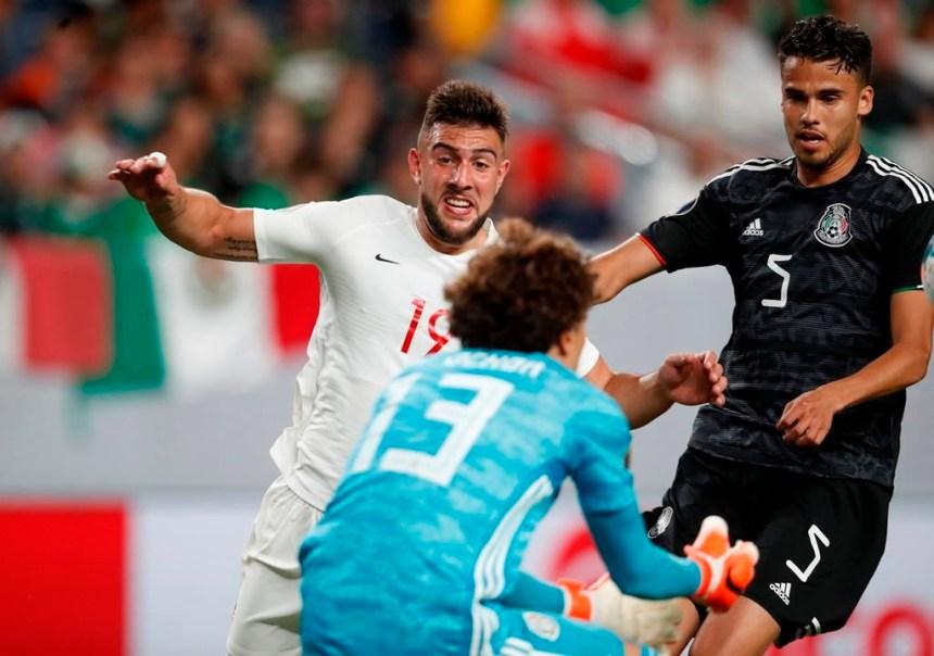 Andres Guardado marque deux buts et le Mexique défait le Canada 3-1 à la Gold Cup