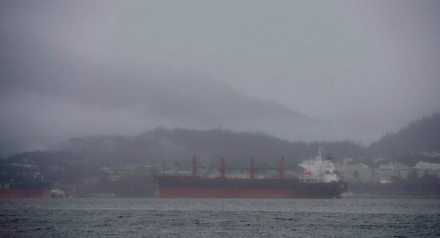 Un comité sénatorial dénonce le projet d'interdiction des pétroliers en C.-B.