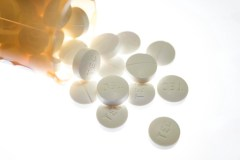 Plus de 11 500 décès liés aux surdoses d'opioïdes en deux ans au pays