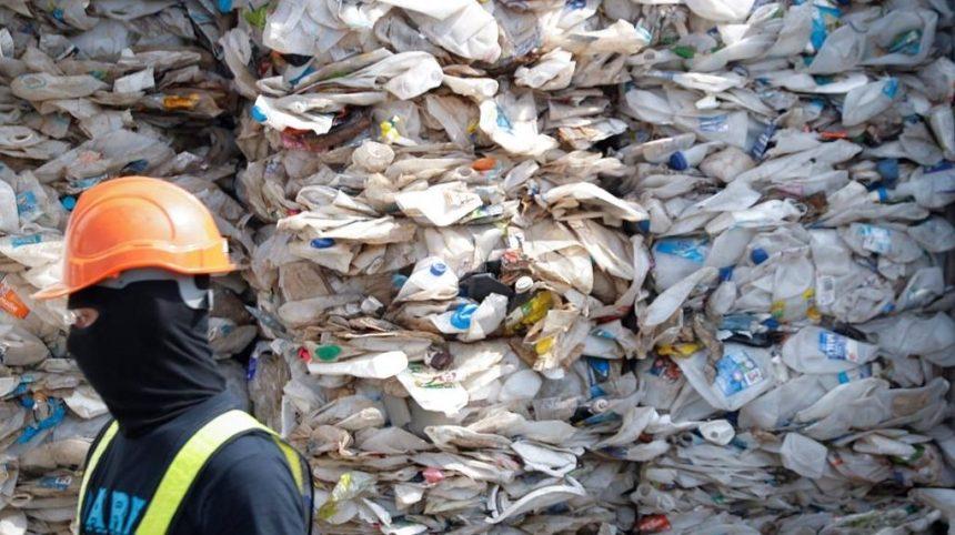 Recyclage: 475 000$ pour un état des lieux sur les plastiques