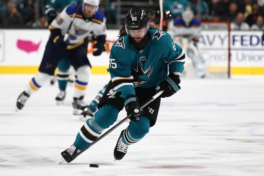 Le défenseur des Sharks Erik Karlsson a été opéré à l'aine vendredi