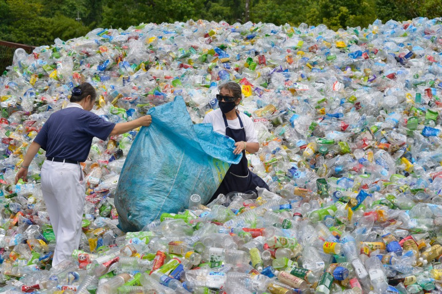 Asie: la guerre au plastique des pays occidentaux