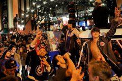 Les partisans des Blues envahissent le centre-ville pour le défilé des champions