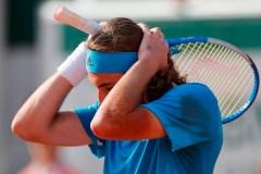 Wawrinka gagne un match-marathon et accède aux quarts de finale à Roland Garros