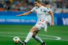 L'Angleterre bat le Japon 2-0 et termine première du groupe D au Mondial