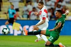 Paolo Guerrero aide le Pérou à vaincre la Bolivie 3-1 à la Coupe d'Amérique
