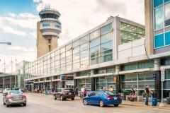 Taxelco et Aéroports de Montréal veulent électrifier leurs véhicules