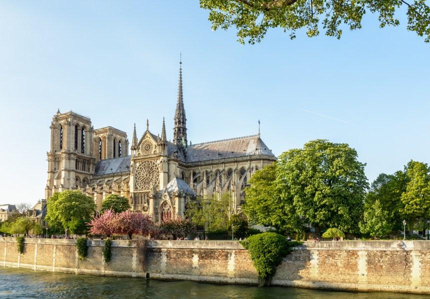 Notre-Dame de Paris: l'architecte en charge de la restauration appelle à refaire la flèche «à l'identique»