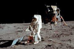 50e anniversaire du décollage d'Apollo 11 mardi en présence de deux astronautes